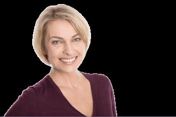 Mulher após a aplicação de Lentes de contato Dental | Grupo Lien